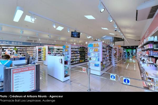2014-car-pharmacie-de-la-rocade-ball-loss-lespinasse-audenge-105BF82D14-A378-AA6D-6C9F-654BA0F76E8D.jpg